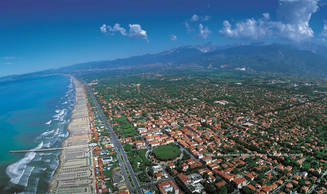 Forte dei marmi e la toscana augustus hotel resort - Bagno flora forte dei marmi ...